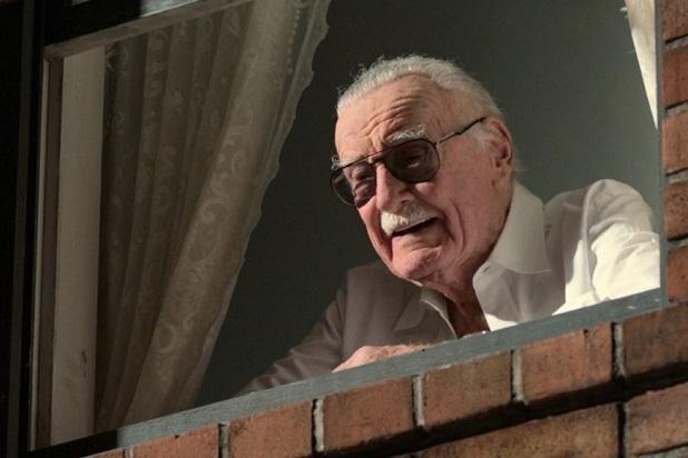 Stan Lee the comic book titan dies.