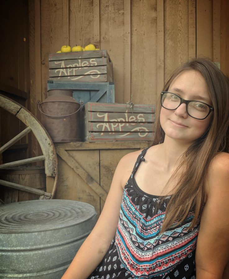 Senior Pictures Taken at Dollywood are Some of my Favorite Pictures of Myself!
