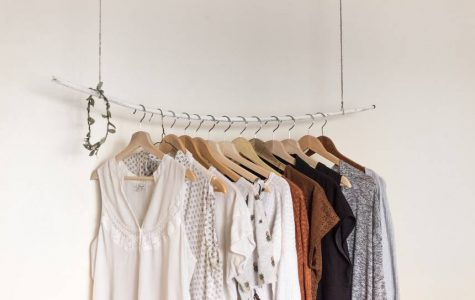 Credit- https://www.treehugger.com/sustainable-fashion/would-you-try-10x10-fashion-challenge.html